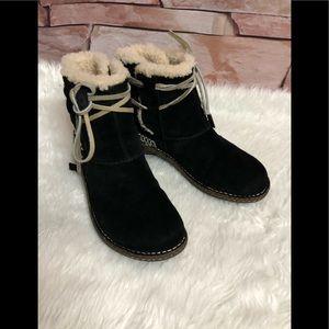 Ugg Australia woman boots size 9